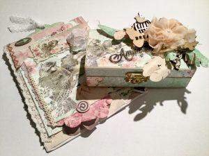 Kiste und Karte